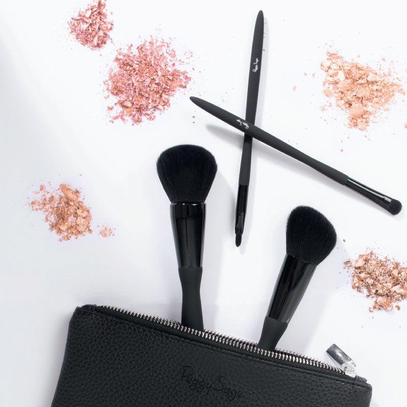 Set 4 pinceaux make-up Nylon (yeux + lèvres + joues)