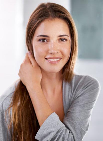 Réussir un brushing lisse longue durée